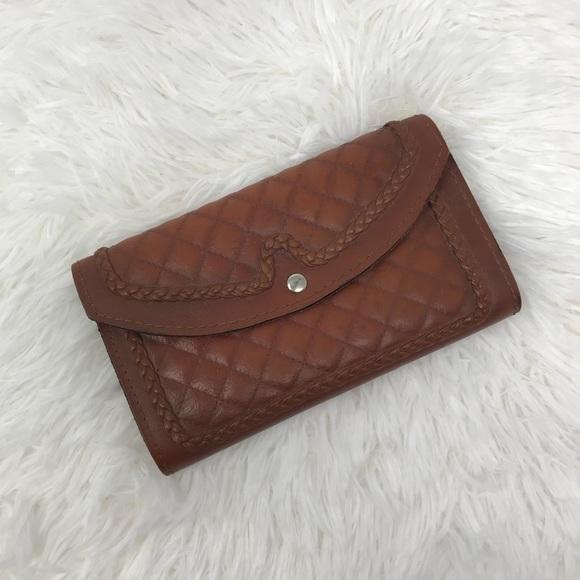 Vintage Handbags - Vintage Tooled Leather Tri Fold Card Wallet